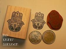 P63 Hand of hamsa rubber stamp