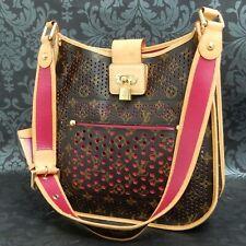 Rise-on LOUIS VUITTON MONOGRAM Perfo Musette Pink Cross Body Shoulder Bag #8
