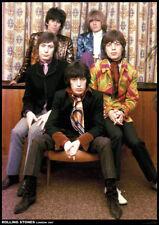 Poster ROLLING STONES - Group - Sitting London 1967 ca60x85cm NEU 15423