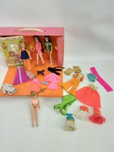 Lot 6 Vintage Dawn Dolls Topper w Clothing, Case & Accessories