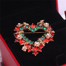 1X Women Red Christmas Love Heart Wreath Breast Pin Brooches Lovely Gift Ef