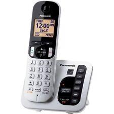 Panasonic Expandable Digital Cordless Answering System with 1 Handset KX-TGC220S
