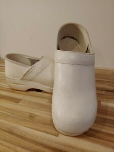 Dansko Women's Clogs Professional Nurse Shoes Size 40 Genuine