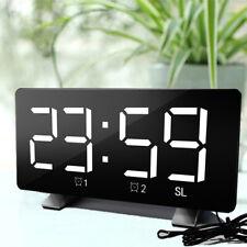 Radiowecker LED Wecker Digital Alarmwecker Funk Uhr Dimmbar Tischuhr USB DHL
