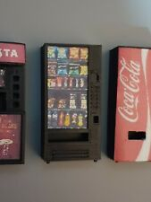 1:43 scale VENDING MACHINE for garage diorama