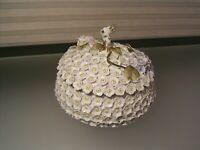 Antique Meissen Schneeballen Porcelain Snowball Covered Bowl Applied Flowers