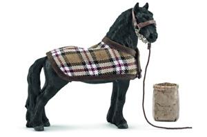 FIGURINE SCHLEICH - HORSE CLUB - 42269 - KIT DE SOIN POUR CHEVAUX FRISONS