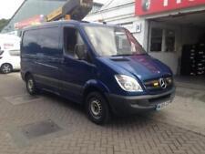 Mercedes-Benz AM/FM Stereo SWB Commercial Vans & Pickups
