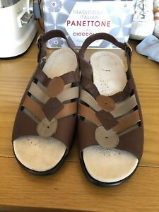 """Hotter Jamaica Brown Back Buckle Open Toe 2"""" Wedge Leather Sandals in Size 7.5UK"""