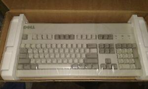 Dell AT101W Click Keyboard GYUM90SK PS/2 - NEW NOS