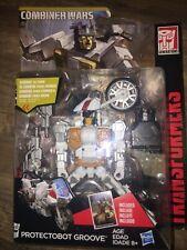 Transformers Combiner Wars Deluxe Figure Protectobot Groove Exclusive