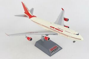 1:200 INF200 Air India Boeing 747-437 VT-EVB W/Stand