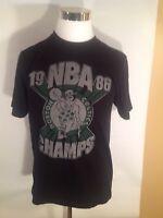 Old Navy Boston Celtics 1986 NBA Champs vintage t-shirt