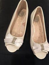 """Girls White Dress Shoes 13med """"So�"""