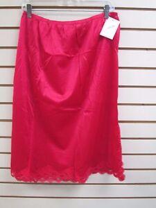 "Ventura Plus Size Nylon Half Slip 28"" Long - 2X RED (Side Slit)  #4743 - NWT"