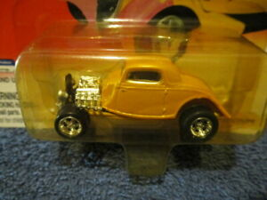 JOHNNY LIGHTNING 2000 HOT RODS, 1934 COUPE.