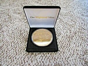 "Highland Mint Mark McGwire . 24K Gold Overlay 3.1/4"" Coin"