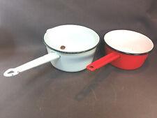 Lotto di 2 Antiche Pentolini in Metallo Smalto Vintage Utensili di Cucina
