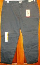 Woolrich Women's Casual Pants NWT Size 12 Cropped