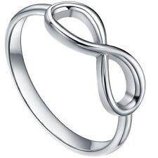 925 Sterling Silver  Infinity Ladies Ring (Size 6)