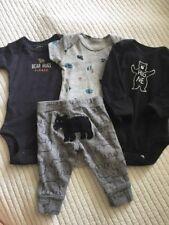 baby camper boy Carter's 4pc clothes lot, Size Nb 0-3m, Bear Hugs, Soo Adorable!