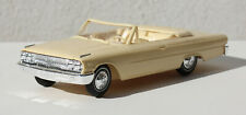 AMT 1963 FORD GALAXIE CONVERTIBLE SCREW BOTTOM BUILT PROMO STYLE PRISTINE 1/25