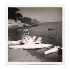 PHOTO ANCIENNE Pédalo Numéro N°3 Mer Bateau à pédales Flotteur 1960 Femme