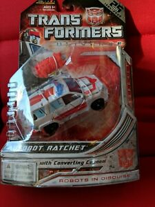 Hasbro Transformers Universe Robots In Disguise Autobot Ratchet