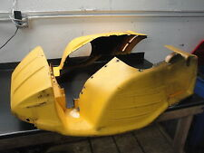 2002 02 SKI DOO 700 SUMMIT MXZ SNOWMOBILE BODY YELLOW PLASTIC SKID PLATE FRAME