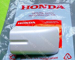 GENUINE 2004-2008 ACURA TL LEFT REAR DRIVER WHITE PEARL DOOR HANDLE COVER CAP