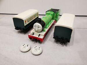 BANDAI Departing Now Thomas & Friends Push Along Henry