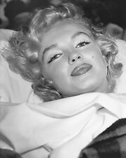MARILYN MONROE  BEAUTY IN BED   (1) RARE 4x6 GalleryQuality PHOTO