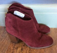 Ladies Leather Ankle Boots Burgundy by Clarks Size 5.5D NWT