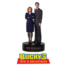 The X-Files Scully and Mulder 2017 Hallmark Magic Ornament Musical  In-Stock