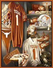 UT University of Texas Longhorns Throw Blanket – Locker Room Scenic Fleece