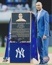 DEREK JETER New York Yankees Retirement Ceremony SIGNED 8X10 Photo
