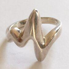 Vintage Modernist Designer Solid Silver Ring 925 Very Unusual 5g Lightening