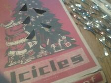 VINTAGE CHRISTMAS ICICLES IN A VINTAGE BOX