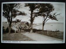 POSTCARD - RP SANDOWN THE CLIFF WALK - 1930'S FAMILY WALKING ALONG PATH I OF W