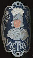CYCLES VELO VICTRIX, en aluminium peint, argenté, chevalier, panache blanc