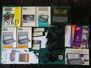 psion 3a - Leather Case - Manuals - PsiWin Software - Chess - Serial Cables