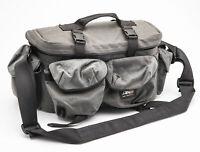 AKO Kameratasche Schultertasche Umhängetasche camera bag in Grau grey universal