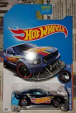 2017 Hot Wheels Super Treasure Hunt 2005 Ford Mustang USA CARD