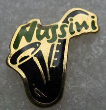 Pin's Instrument de Musique Saxophone NUSSINI