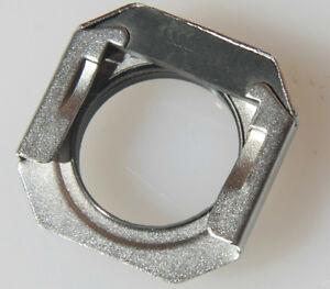 Threaded Eyecup Accessory - 14x25mm Slide-on 20mm Diameter Screw Mount USED V263