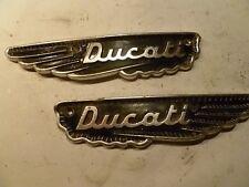Ducati Biseau unique 250 350 450 MK 3 Set Réservoir Emblèmes Original