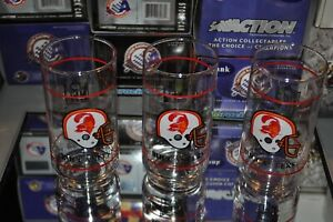 Vintage 80's NFL Tampa Bay Buccaneers Mobil Collectable Glass Cup Set 3