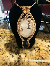 Gorgeous 14kt Gold Cameo Pendant with Amethyst