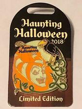 Disney 2018 Haunting Halloween Maleficent & Diablo The Raven 3-D Pin LE 3000 NEW