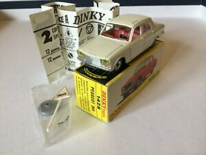 Dinky Toys France 1428 Peugeot 304